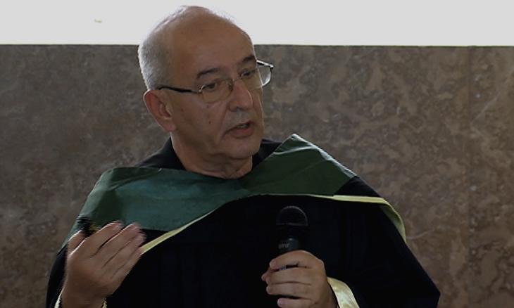 O Doutouramento da controvérsia do DR Albertino Damasceno